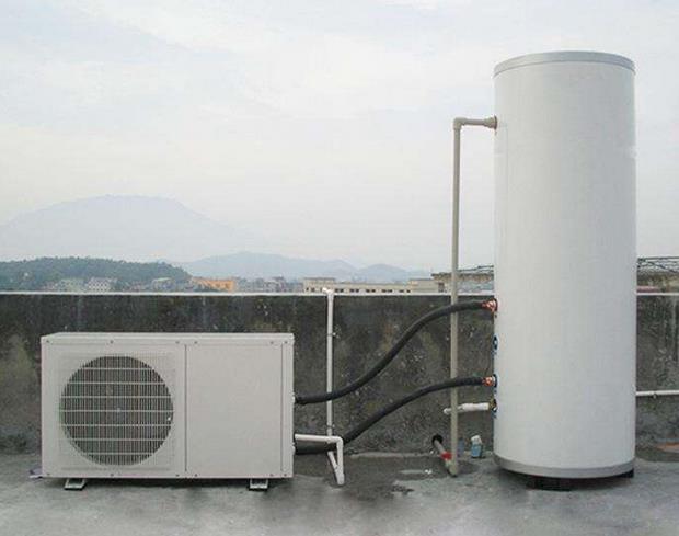 如何选择空气能热水器水箱内胆